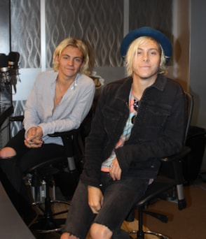 ross lynch and riker lynch of r5