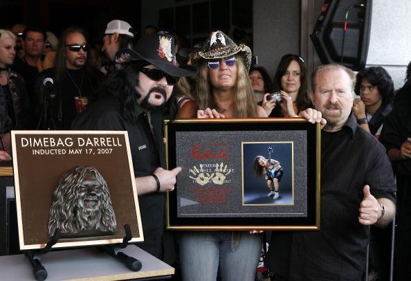 VH1 Rock Honors Week: Guitar Center